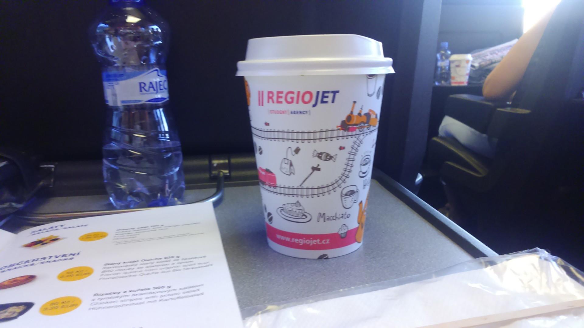 káva v vodou